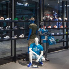 Adidas-Store_md